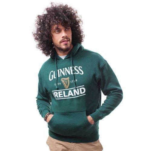Felpa Guinness con cappuccio di colore verde con logo Guinness e scritta Irlanda - Modello - Viaggiare in Irlanda