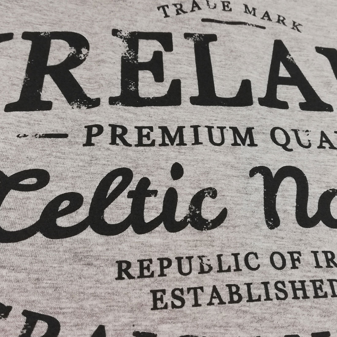 T-shirt Grigia con Stampa Ireland Celtic Nation - Viaggiare in Irlanda