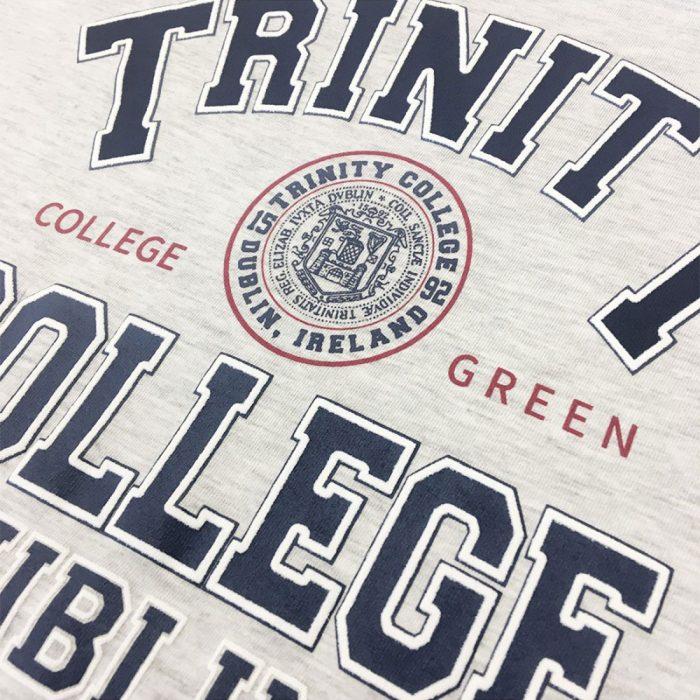 T-shirt da donna Trinity College Grigia con Logo - Viaggiare in Irlanda